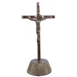 Croix métal sur socle