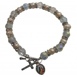 Bracelet beige irisé croix médaille Ste Thérèse